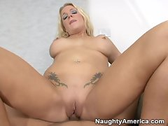 Horny slut Heidi Mayne takes a couple of cocks in her mouth alternately