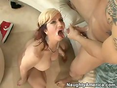 Sexy MILF Brittany Blaze gazes a faceful of slimey man juice