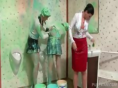 Lesbo sluts get covered in messy paint