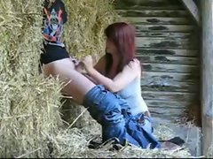 Hidden camera sex of amateur redhead babe girlfriend outdoor