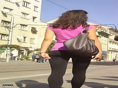 Hot Street Candid In Spandex Leggings
