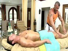 Masseuse gets straight guy to switch over to the dark side
