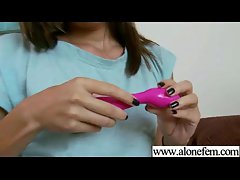 Amateur Teen Girl Love To Play With Vibrator movie-12