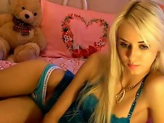 Hot blond angel in free chat , www.SexAtCams.com