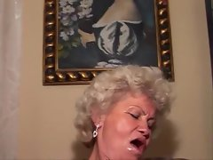 fucking hot grannie MUSTE SEE