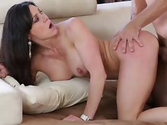 Luscious Mother Kendra Lust Delights A Full Thrusting