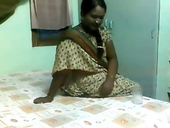 Comely Seductive indian Aunty Banged by Elder Lad on Hidden Cam