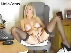 Posh Cougar In Ebony Nylon Stockings