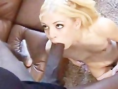 Diminutive Leah Luv can't believe her eyes - Mandingo & Leah Luv!